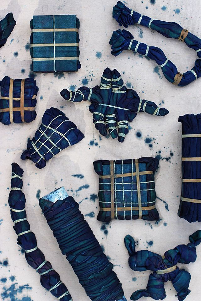 shibori tie dye.  Several different ways to tie dye.  DIY tutorial
