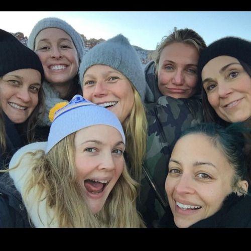 Drew Barrymore with Gwyneth Paltrow, Cameron Diaz, Nicole Richie, Nancy Juvonen & Other Friends