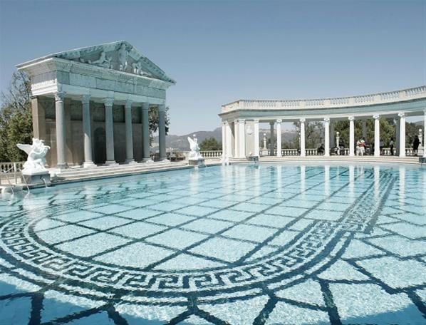 17 best images about vip en huizen van de sterren on pinterest kim kardashi - Les plus belle piscine ...