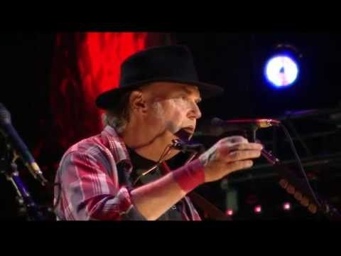 Neil Young - Old Man (Live at Farm Aid 2013) - YouTube