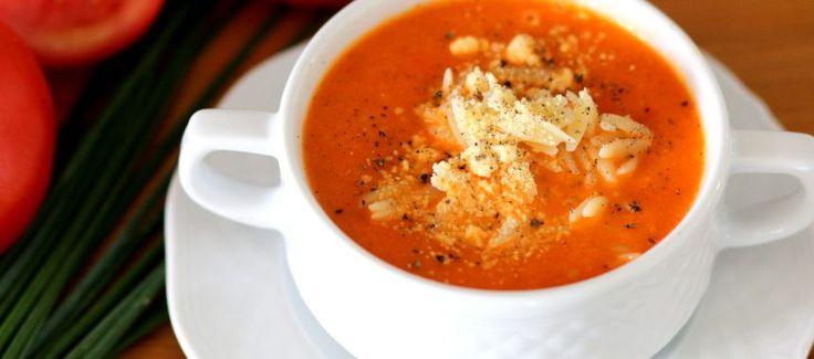 Przepis na Zupę krem z pomidorów z parmezanem - CośDobrego.pl