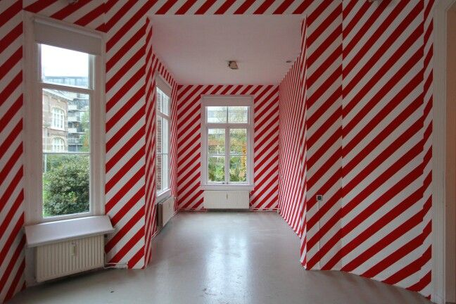 #MarijeVermeulen, O Solo Mio,  2014, Outline Gallery Amsterdam.#striping #wallpainting #installation-art