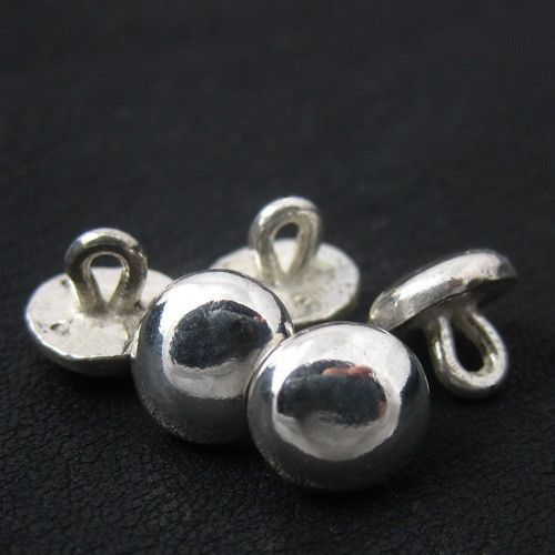 Silver medieval buttons from The Sunken City by DaWanda.com
