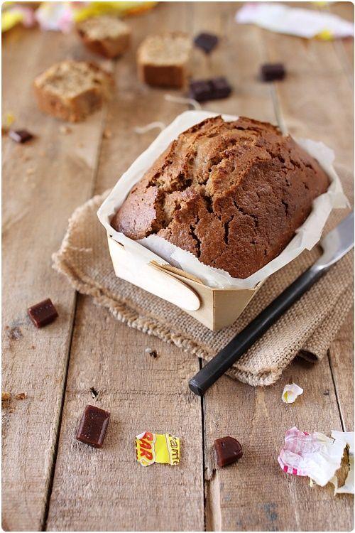 Recette du Gâteau moelleux aux carambars  Blog Chefnini 2 oeufs 10 Carambars 300 g de farine (T45 ou T55) 18 cl de lait (lait de vache ou végétal) 120 g de sucre en poudre 40 g d'huile d'olive 1 cc de levure chimique
