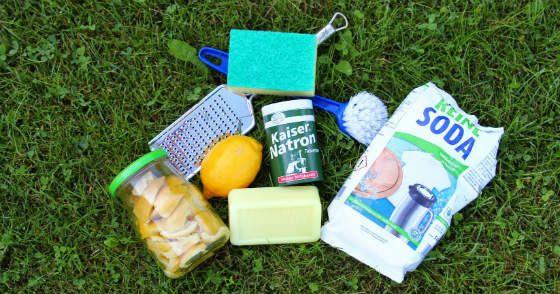 Es gibt Hausmittel, die kannst du leicht, sehr günstig und auch ökologisch selbst herstellen. Wir zeigen dir wie: Allzweckreiniger, Waschmittel und mehr!