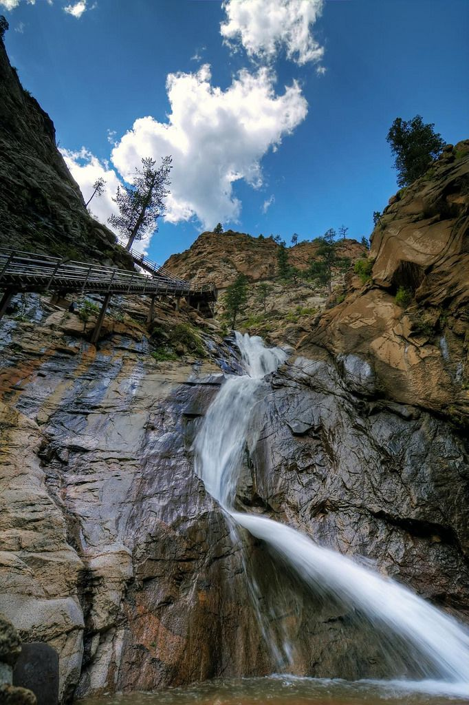 Looking for a fun little getaway outside the Mile High City?  Check out these unforgettable day trips near Denver that are truly amazing!