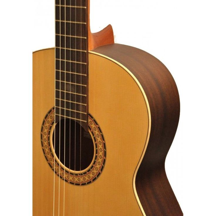 Camps Sinfonia is a classic guitar ideal for students and for beguinners with a very nice quality at a very good price.