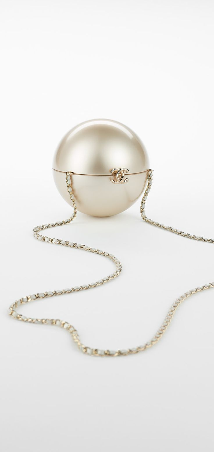 Pearl-shaped  - CHANEL