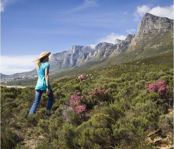 Mountain walk near Twelve Apostles Hotel and Spa, Cape Town