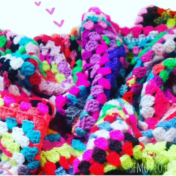 Hey gorgeous ones!  So much fun today at @hobbycraft_MKN for the #knitcraftsocial ... much gossiping and giggling with awesome ladies Kate @lanaboushop and Emma @pidgmaleon ... also taught lovely Levi the store manager to start to crochet ... #realmencrochet  and a lovely new lady learned how to make a granny square... another left handed knitter leaves a left handed crocheter  Looks like you've all been up to awesomeness as per usual  can't wait to catch up on all your gorgeous posts…