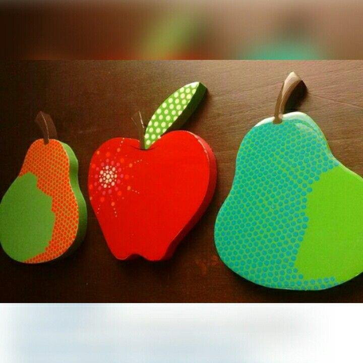 Frutas decorativas en mdf. Acabado acrilico. Full color. Puntillismo. Instagram: @am_shanti