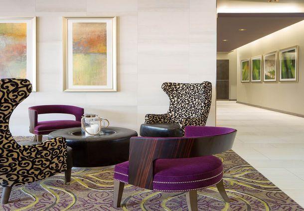 Residence Inn West Palm Beach Downtown/CityPlace Area - Lobby Seating Area