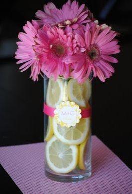 daisy arrangement ideas | Gerbera and Sliced Lemon Centerpieces for Summer Weddings | Budget ...