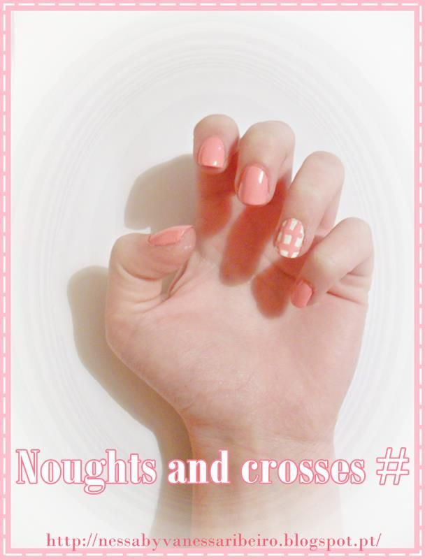 http://nessabyvanessaribeiro.blogspot.pt/2013/05/nails-noughts-and-crosses.html