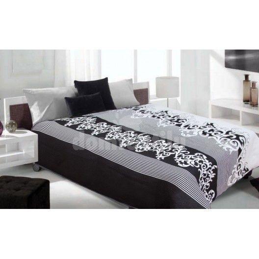 Čierno biely obojstranný prehoz na posteľ s rôznymi vzormi