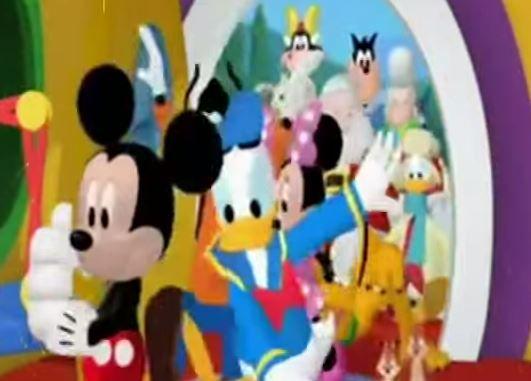 mickey y sus amigos organizan una fiesta de cumpleaos en otra de las algo