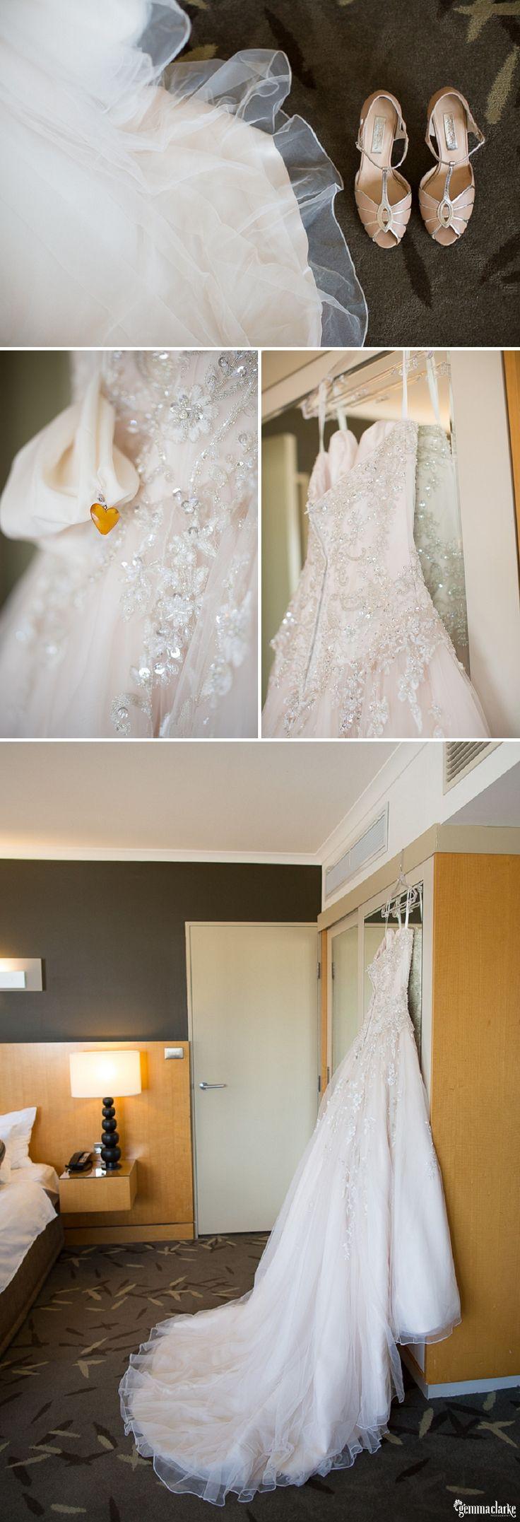 Amy & Ronnie's Wedding – St Charles Borromeo Church and Oatlands House