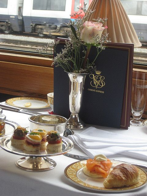 Afternoon Tea on The Orient Express http://thebigfoto.com/welcome-to-the-orient-express