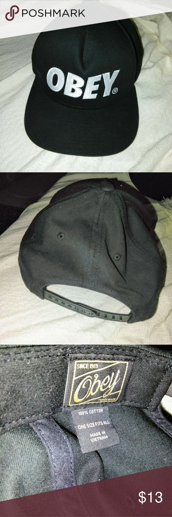 Mens Snapback Obey Cap Snapback Cap is in great condition.   100% cotton material.. Obey Accessories Hats