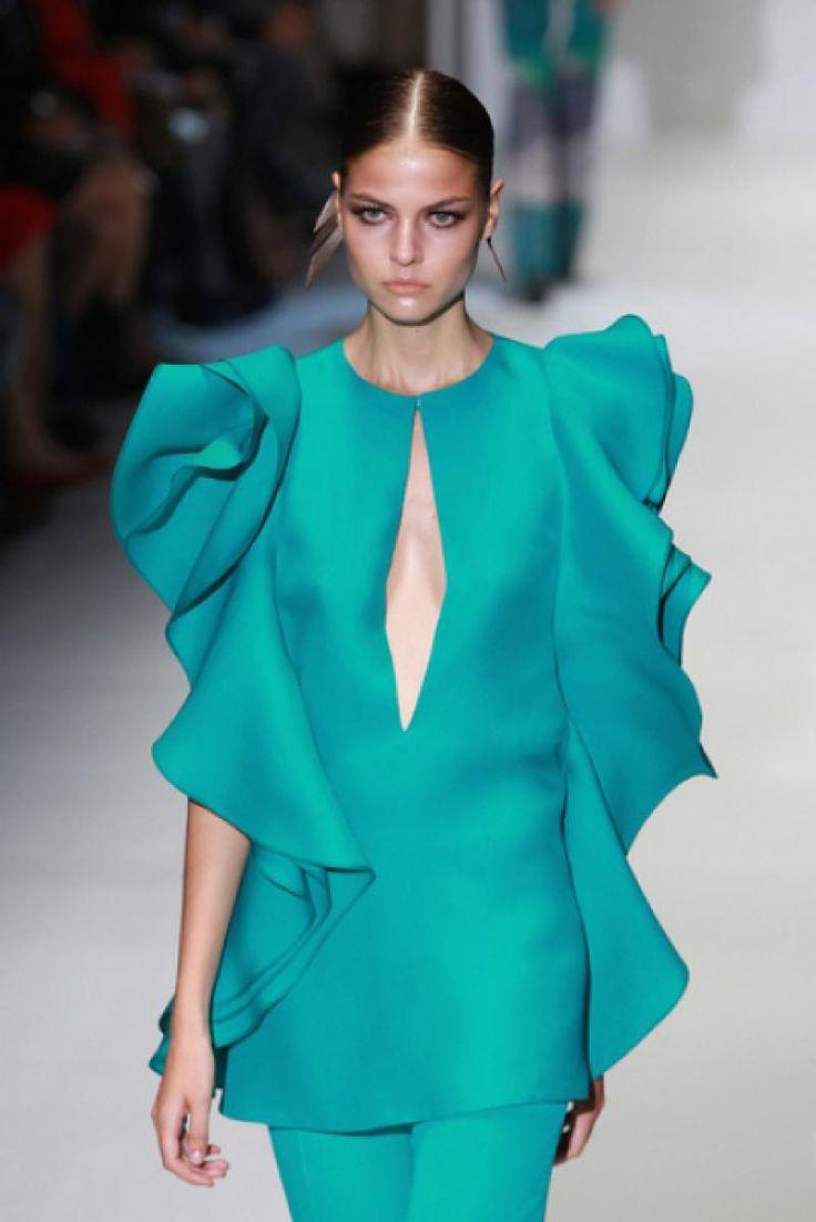 Оригинальные блузки (67 фото женских блузок): с чем носить