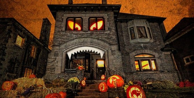 Sabrina Soto talks Decorating Inspiration, Tips, and Judging ABC\u0027s - best decorated houses for halloween