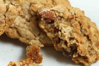 COMIDINHAS       FÁCEIS: Cookies de Aveia, Maçã e Passas