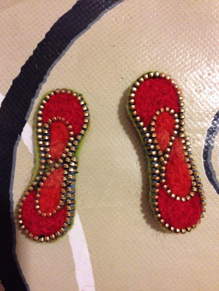 Felted zipper earrings!