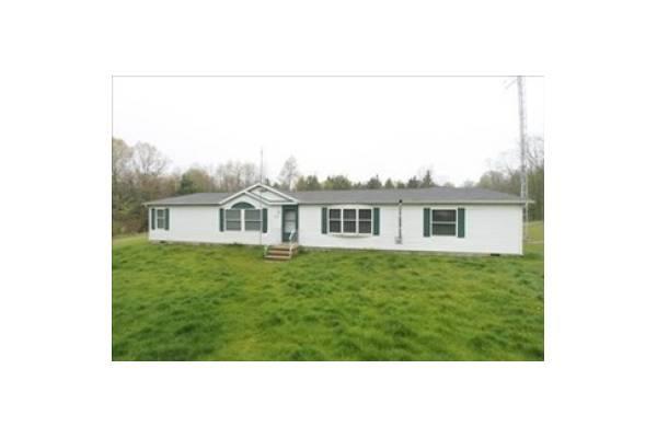 8711 17 Mile Rd NE, Cedar Springs MI 49319 Home for Sale - Yahoo! Homes