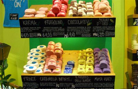 LUSH Cosmetics Tells Palm Oil to Suds Off