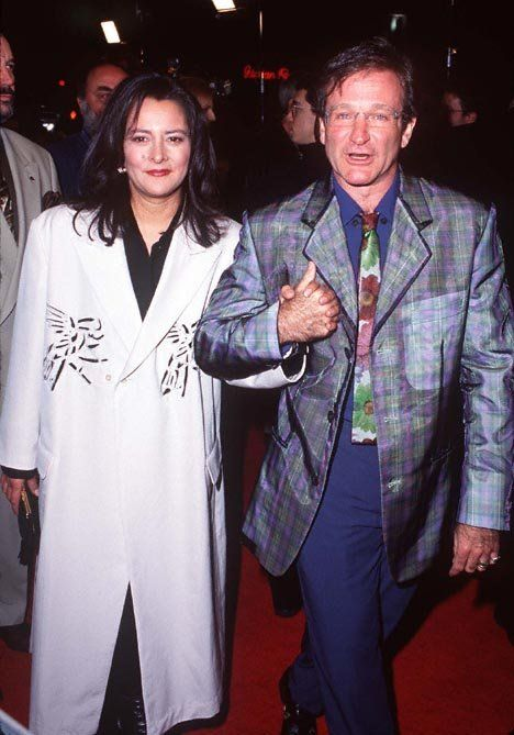 Robin Williams and Marsha Garces Williams at event of The Birdcage (1996)  | Essential Gay Themed Films To Watch, The Birdcage http://gay-themed-films.com/the-birdcage/