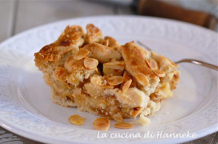 Torta di mele con pasta di mandorle