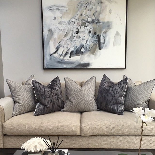 Looking forward to adding a few more final touches to our cobham project and shooting it beginning of March. It's one of our best yet  #interiors #interiordesign #livingroom #lounge #kitchen #sofa #cushions #painting #art #gorgeoushome #mansion #hgtv #luxuryhome #luxuryinteriors #love #home #homedecor #beautiful #texture #sophiepatersoninteriors