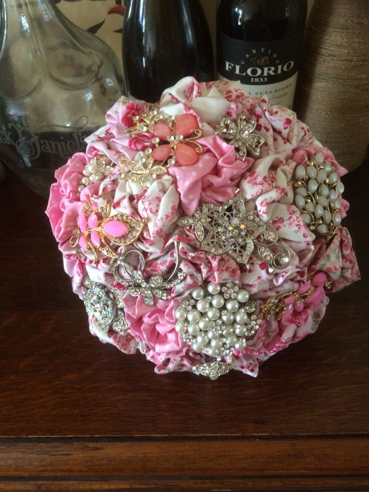 New pink rockabilly style bouquet from www.floriodesigns.co.uk