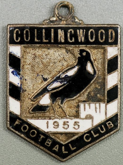 """COLLINGWOOD: Member's Badge from 1955 (1st year), number """"134"""" on reverse. Good condition."""