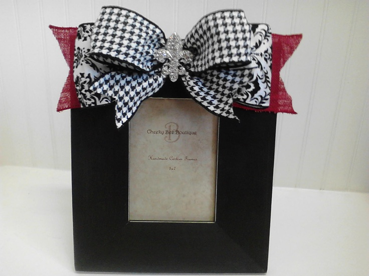 5 x 7  black handpainted frame with bows.