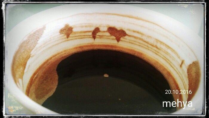 Kahve fincanimda neler varmış...Kalp+yunus+dört yapraklı yonca.../My Turkish coffee; heart dolphin clover ☺