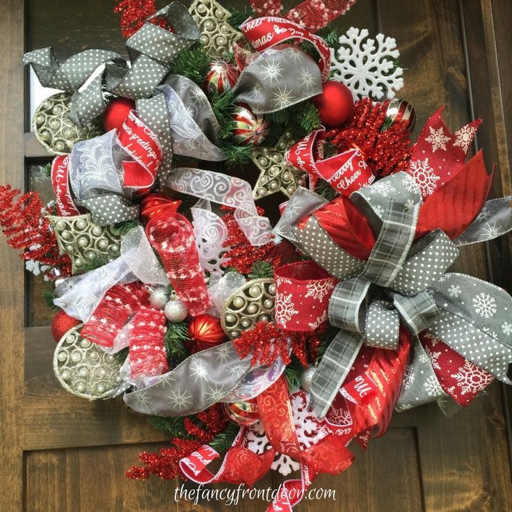 Unique Red And Silver Ribbon Christmas Wreath Ideas For Front Door By Fancy Front Door Ch Christmas Wreaths Home Decor Christmas Gifts Ribbon Wreath Christmas