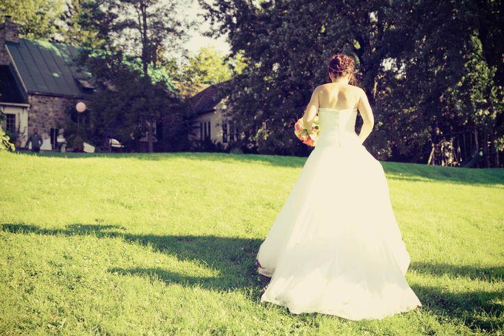 bride, outdoor wedding, garden