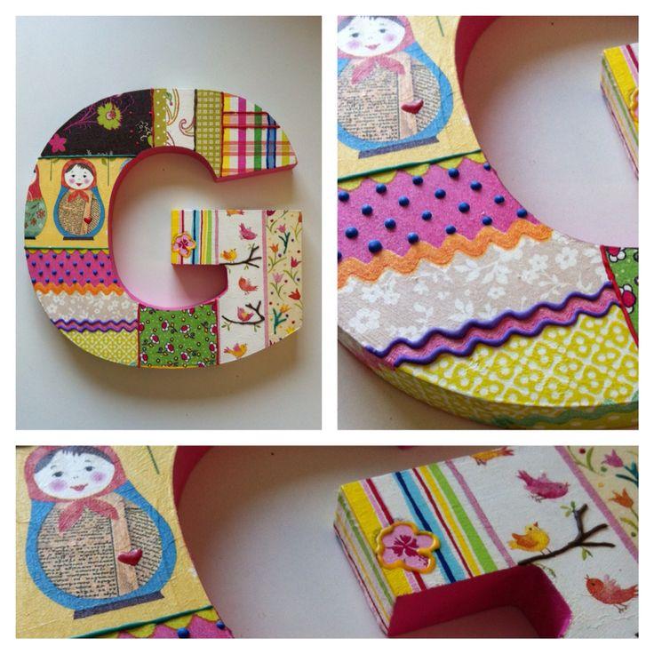 Nuevas letras!!!!! Puedes mandar a hacer la tuya con los diseños o colores que quieres. Medidas 20x20 aprox. $6.000 #letras #decoupage #hechoamano #regalo #collage #hechoenchile #handmade