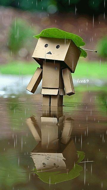 ¡En abril aguas mil, dicen! Pues nada, a bailar bajo la lluvia... (^_^) ¡Feliz jueves, guapísima! ¡Muakkk! ♡