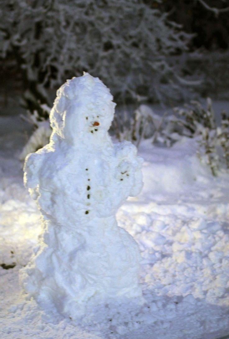 Lumiukko ensilumi 2014/ Snowman