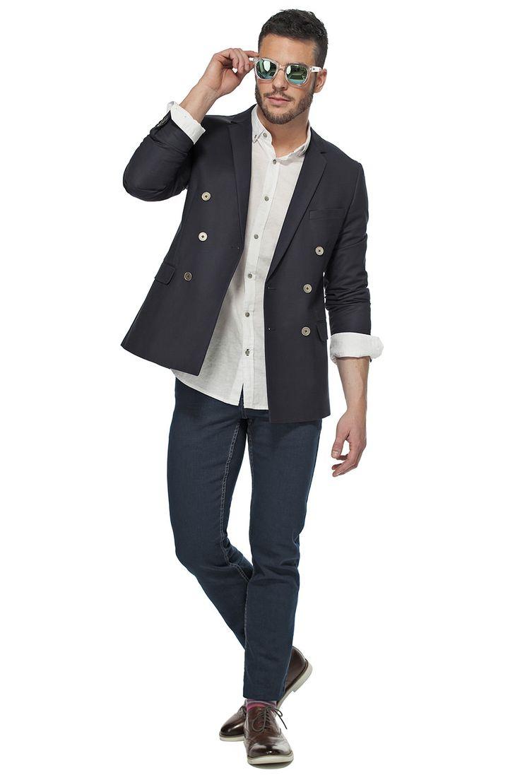 La chemise de lin-coton sous un veston pour un look décontracté! / Wear our linen & cotton shirt under our double breast jacket for the perfect casual look!  #tristanstyle #ss15 #linen