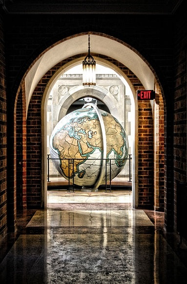 University of Notre Dame Hallway. http://www.payscale.com/research/US/School=University_of_Notre_Dame/Salary