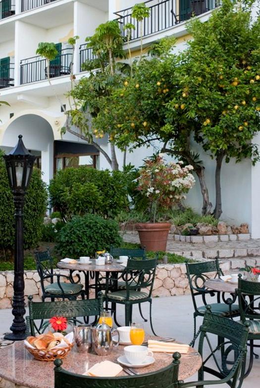 http://golfandcountrytravel.nl/golf-landen/portugal/hotel-le-meridien-penina-golf-resort-portimao-algarve/
