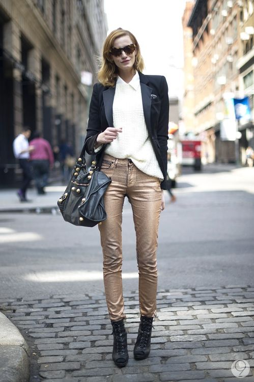 Metallic pants = chic