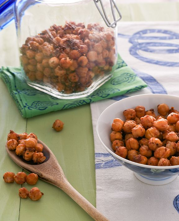 Barbecue Roasted Chickpea Snack from The Abundance Diet by Somer McCowan