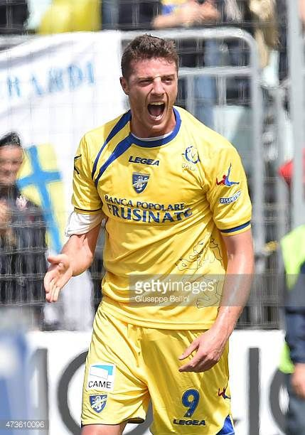 Daniel Ciofani of Frosinone celebrates after scoring the opening goal during the Serie B match between Frosinone Cacio and FC Crotone at Stadio...