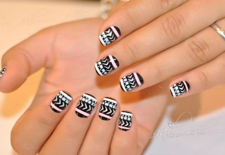 nails manicure  aztec black