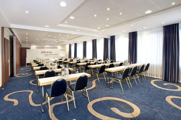 Ihr Businesshotel mit Verwöhngarantie in Osnabrück! Im advena Hotel Hohenzollern City Spa Osnabrück bieten wir Ihnen die optimalen Voraussetzungen, um Ihre Tagung, Ihr Seminar oder Ihr Mitarbeiter-Incentive mit Erfolg durchzuführen.   Unsere sechs klimatisierten Tagungsräume sind ganz auf Ihre Bedürfnisse ausgerichtet. Sie sind individuell bestuhlbar, mit Tageslicht, verdunkelbar und mit moderner Technik ausgestattet.