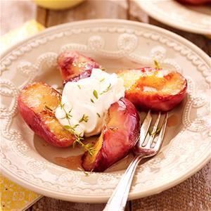 Wilde perziken met mascarpone, vanille en tijm